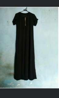 Dress Hitam panjang