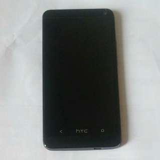 🚚 二手 HTC ONE M7 4G版 (801S) 黑色 32GB LTE版 cellphone