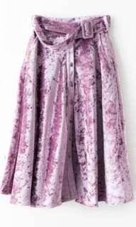 《未穿過》日系の絲絨高腰傘狀中長裙