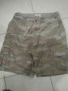 Celana pendek army oldnavy