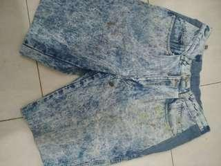 Celana pendek jeans 80an