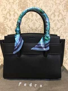 Hand bag / sling bag
