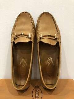 Tod's moccasins loafer