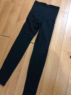 Hue black leggings new