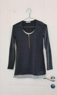 Dark grey T-shirt with thick material