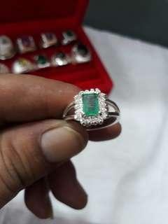 Natural zambian emerald ladies ring