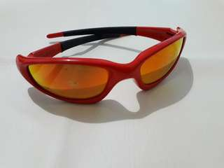 aee12e156 Kacamata Hitam - Oakley Ducati Series Original, Men's Fashion, Men's ...