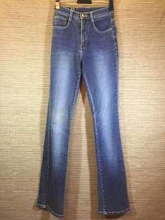 🚚 GUESS 倒三角LOGO高腰窄管褲 鉛筆褲 (S)