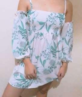 Hawaiian Off-Shoulders Dress