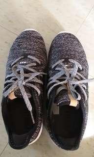 Nike air max波鞋