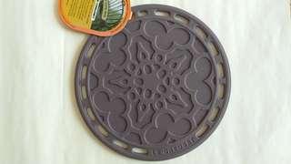 LC Le Creuset silicon mat