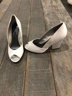 FOREVER 21 HEELS | size 9