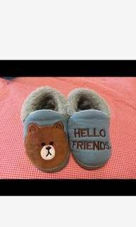 🚚 兒童室內拖鞋
