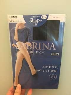 包平郵!Made in Japan 日本買 Sabrina 黑色絲襪