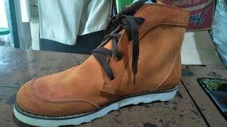 nego alus, sepatu kulit. hasil homemade