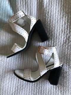 Senso Shoes Una White Studded