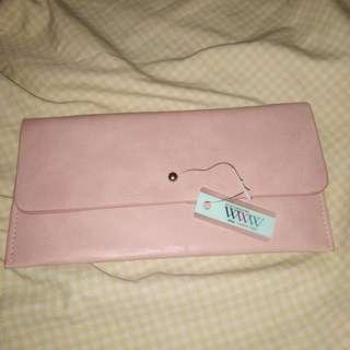 WWW purse brandnew with tag