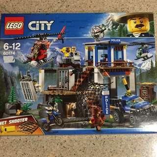 LEGO CITY police set (60174)100%authentic