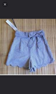 Scallop highwaist shorts