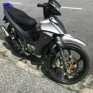 YAMAHA 125Z wrap to Grey matte Chrome color