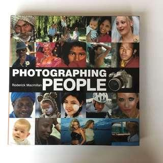 Photographing People (hardcover)