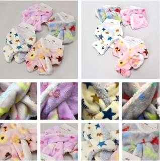 日本直送🇯🇵兒童保暖防靜電交叉頸巾 新年 男女 小童 現貨