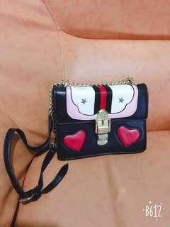 個性刺繡金鍊包