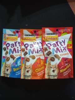 🚚 Friskies Party Mix (Cat Treats)