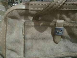 Tas guess preloved