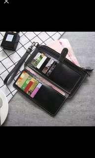 Cellphone wristlet/wallet