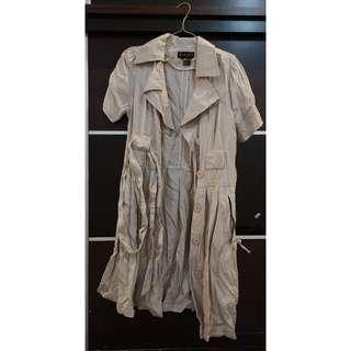Preloved trench coat style Button dress khakis material