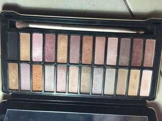 Urban Decay Naked Palette Maybelline