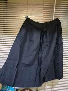 🚚 黑色大圓裙