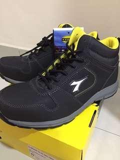 Diadora Utility High-Cut Safety Shoe Size EUR 42