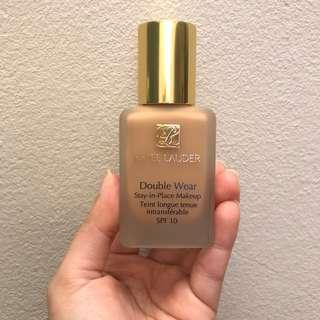 Estee Lauder Double Wear Foundation (IVORY BEIGE) - swatched once