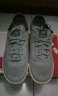 Sepatu sneaker new balance original and new