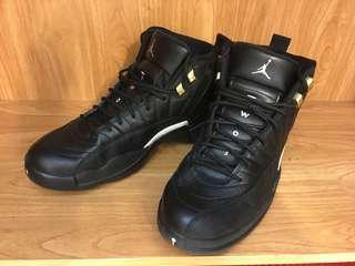 Air Jordan 12 黑金扣