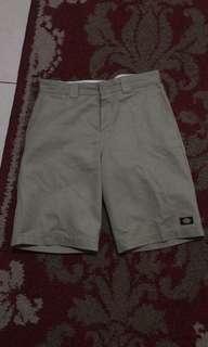 Celana pendek dickies slim straight