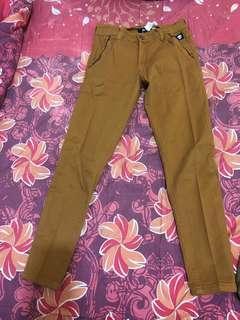 Celana wanita