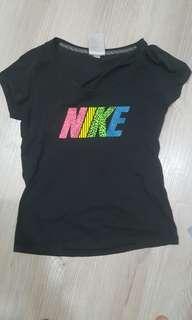 🚚 Nike上衣