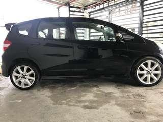 REPRICED! Rush! Honda Jazz 2009 At Top of the Line shift paddle