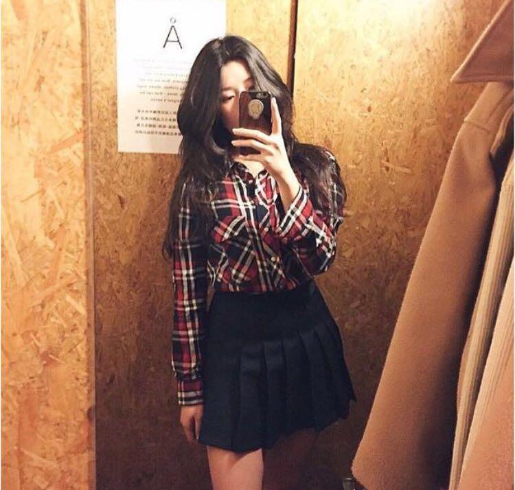 Authentic American apparel tennis skirt - black XS