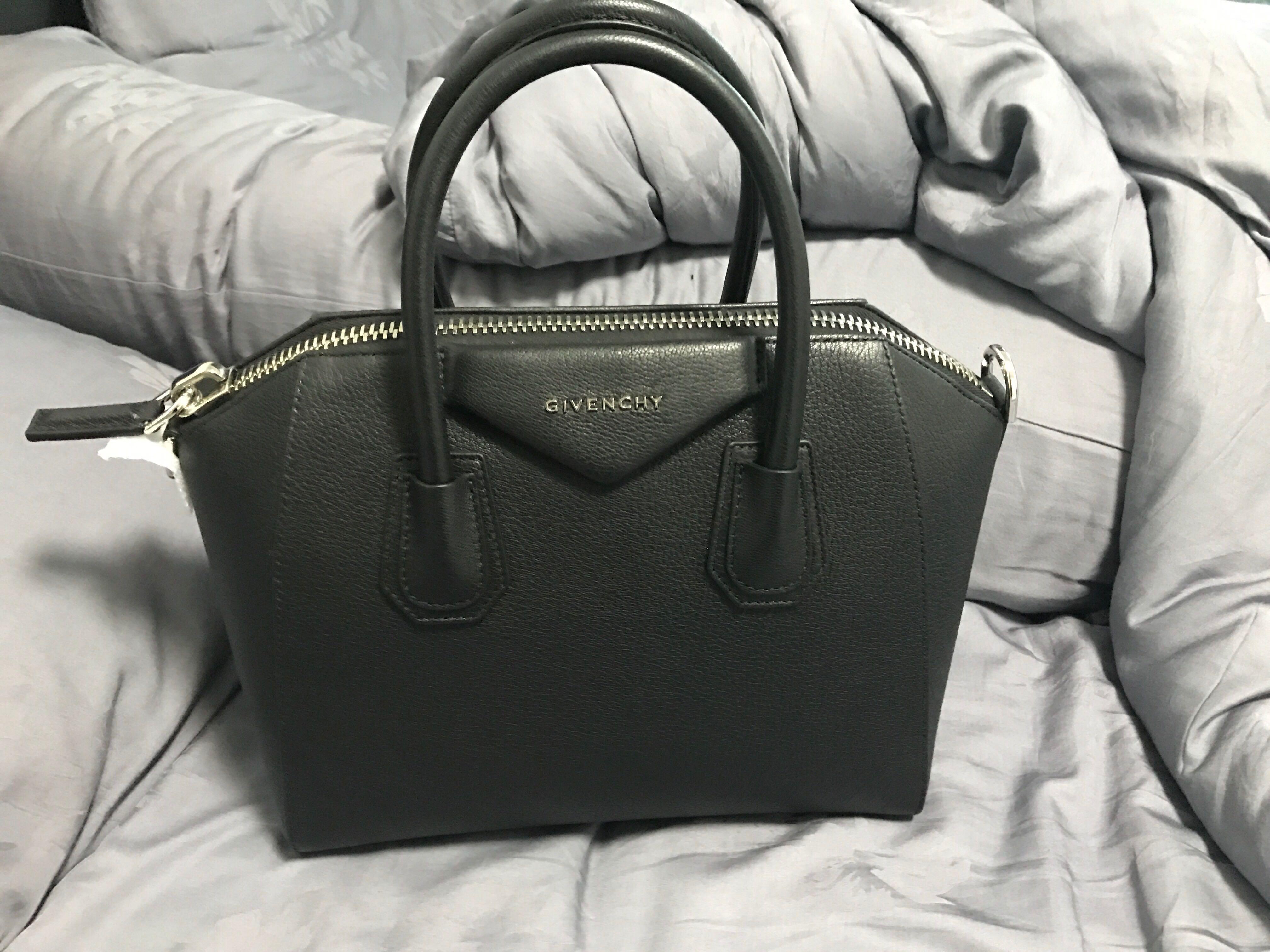 79f460cbe21 Brand New Givenchy Antigona Small Noir, Women's Fashion, Bags ...