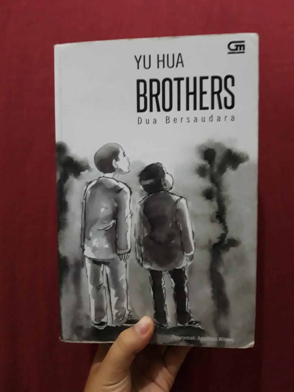 BROTHERS dua bersaudara by YU HUA