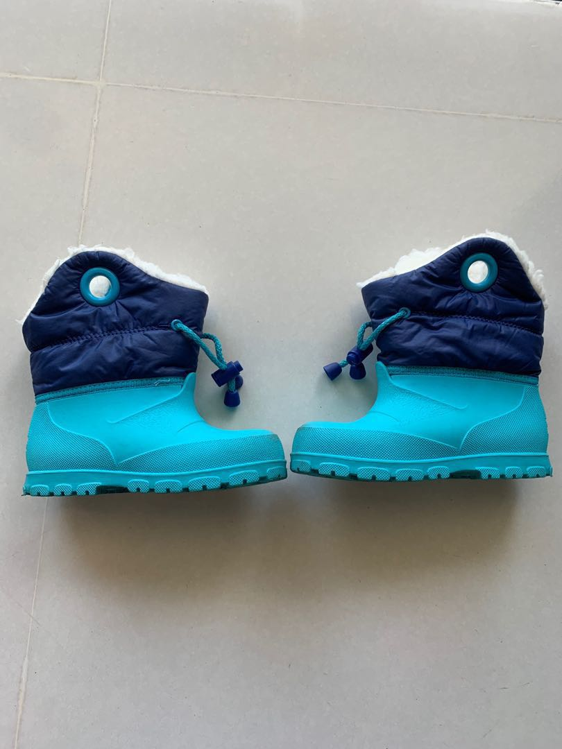 2b36e6650 Kids UK Size 6.5C 7.5C Winter Boots from Decathlon