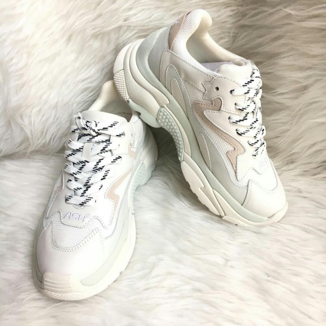 Ready Ash Sneakers Mirip Balenciaga Triple S Very Comfy