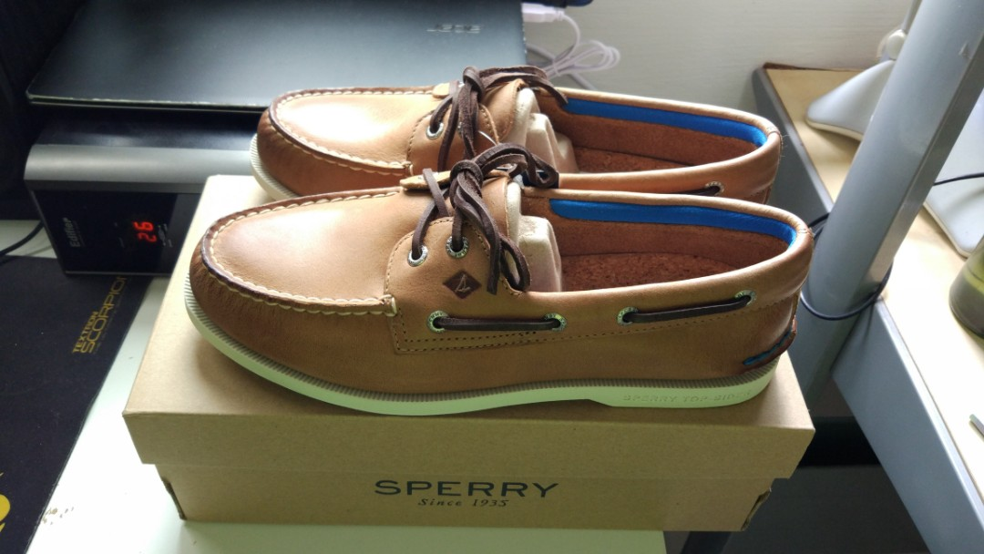 58ec82b483e Sperry Men s Shoe Authentic Original 2 Eye Plush Boat Shoe