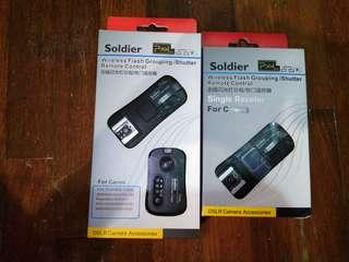 Pixel Soldier Wireless Flash Grouping / Shutter Remote Control