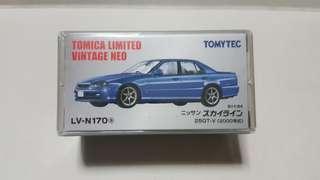 🚚 Tomica Limited Vintage Neo Nissan Skyline 25GT-V (Blue)