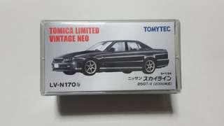 🚚 Tomica Limited Vintage Neo Nissan Skyline 25GT-V (Black)